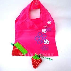 Tas Stobery dunia souvenir tas lipat strawberry