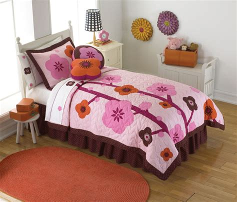 pretty bed sets pretty quilt bedding sets experience home decor quilt