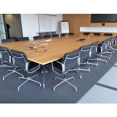 Vitra Conference Table Vitra Eames Boardroom Table Http Www Barkhamofficefurniture Co Uk Original Vitra Eames