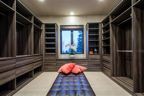 How Wide Should A Walk In Closet Be by 67 Reach In And Walk In Bedroom Closet Storage Systems