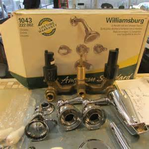 How To Change Shower Faucets by American Standard Williamsburg 3 Handle Tub And Shower