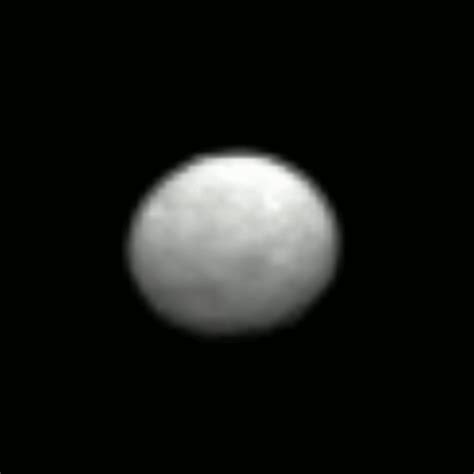 Ceres Lights by Strange Lights On Planet Ceres Scientists Perplexed