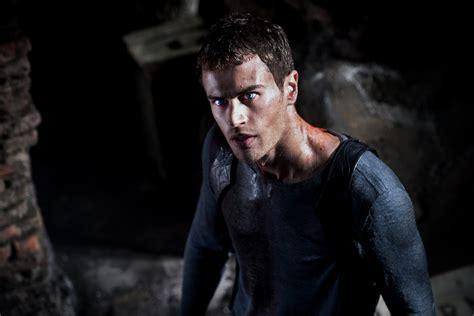 film underworld theo james theo james to star in fifth underworld movie ellines com