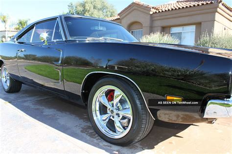 black dodge charger 1969 1969 dodge charger rt black ac vinyl top