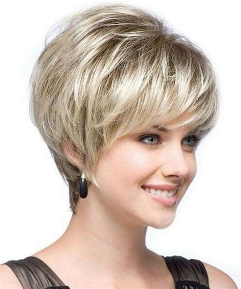rock and roll female front woman bob haircut 30 short layered haircuts 2018 for women to get an iconic