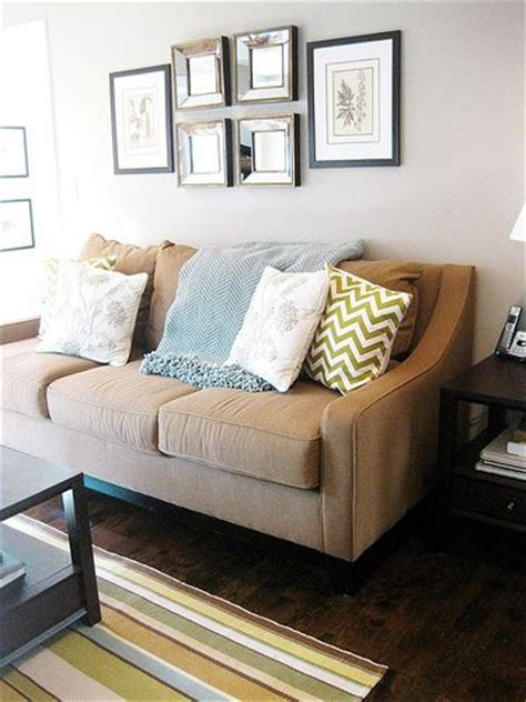sofa color for beige wall 1000 ideas about beige couch on pinterest beige couch