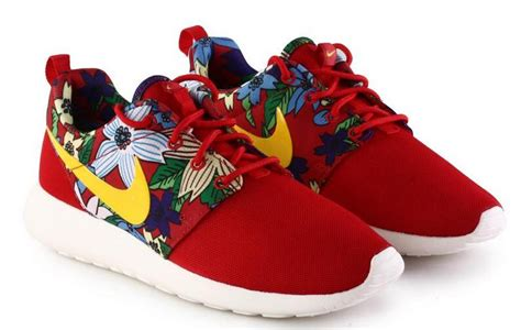 Nike Roshe Run Floral 2015 2015 nike roshe run shoes print floral collection