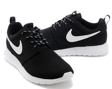 black and white nike sneakers black and white nike roshes for 44 99