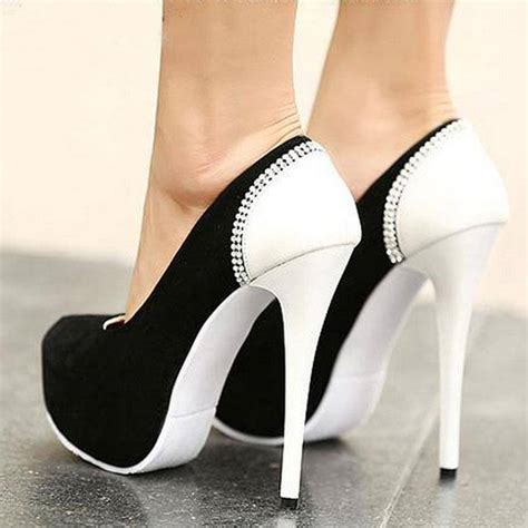 pictures of in high heel shoes n fashion