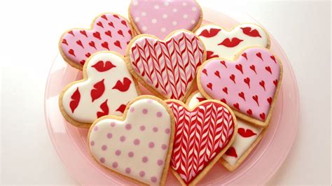 Decorated Cookies by How To Decorate Cookies For S Day