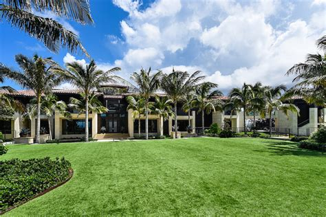 buying a more expensive house palm beach s 33462 is the most expensive zip to buy a home