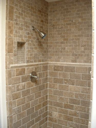 travertine bathroom tile ideas 25 best ideas about travertine shower on