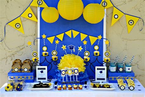 free printable graduation party decorations end of year class party ideas roommomspot