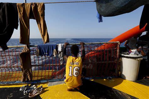 questura di torino permessi di soggiorno le norme che regolano l immigrazione in italia migranti
