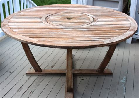 cleaning outdoor wood furniture cleaning sealing outdoor teak furniture shine your light