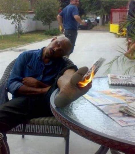 Tempat Tidur Caisar 25 foto pose lucu orang tidur ini dijamin bikin kamu