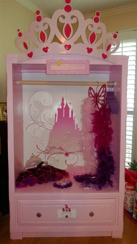 Princess Closet by Princess Dress Up Closet Projects Ideas Tricks