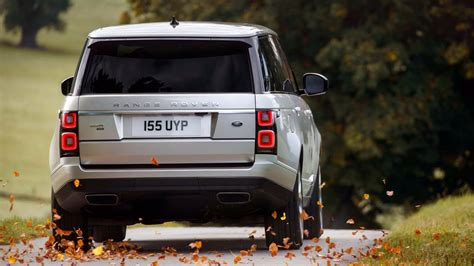 range rover white 2018 2018 range rover facelift officially revealed p400e phev