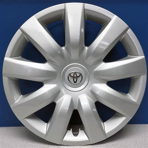 2005 toyota camry hubcaps toyota camry toyota genuine oem replacement hubcaps