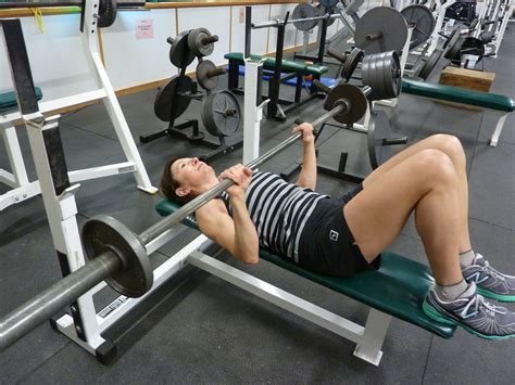 best bench press workout for mass tricep bench press 28 images triceps bench press