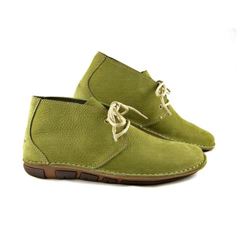 hush puppies mens boots s hush puppies hang out desert boots in green nubuck