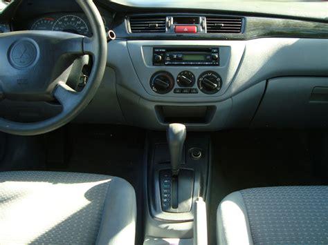 2004 Mitsubishi Lancer Interior by 2003 Mitsubishi Lancer Pictures Cargurus