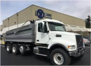 Truck Equipment Des Moines Volvo Vhd84f 200 Trucks For Sale New Used Volvo Vhd84f