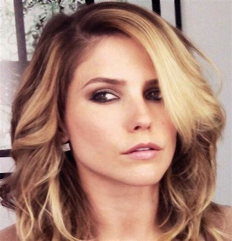 bush hairs sophia bush gorgeous blonde hair highlights and makeup