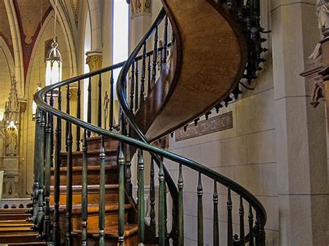 famous stairs loretto chapel and famous spiral staircase jpg 800 215 600