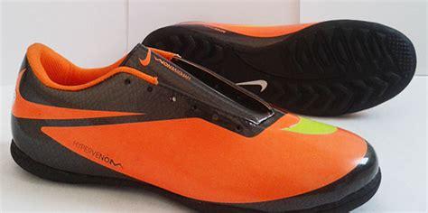 Gambar Dan Sepatu Bola Nike review sepatu olahraga gambar sepatu futsal nike hypervenom