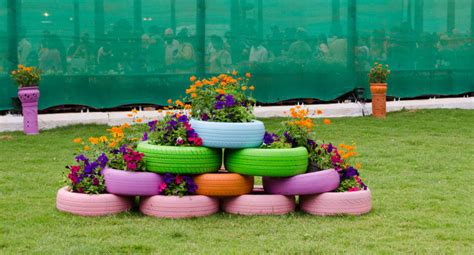 tire flower garden 29 flower tire planter ideas for your yard and home