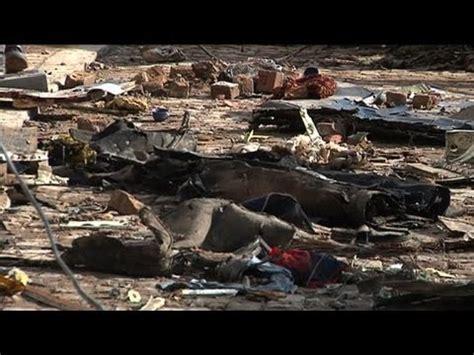 portraits crachs un 2221132092 pakistan un accident d avion fait 127 morts youtube