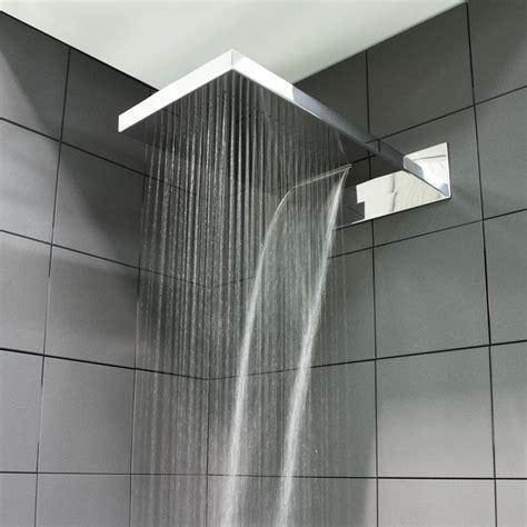 specchio per doccia pi 249 di 25 fantastiche idee su docce da bagno su