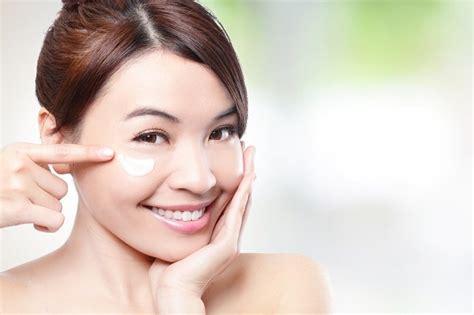 Pelembab Kulit cara melembabkan kulit wajah dengan pilihan pelembab