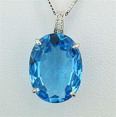 Blue Topaz 1 48 Carat blue topaz brilliant pendant 9 48 carat in total 750