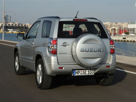 Suzuki SUV   Best Images Collections HD For Gadget windows