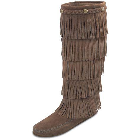 fringe boots for s minnetonka moc 174 5 layer fringe boots 164758