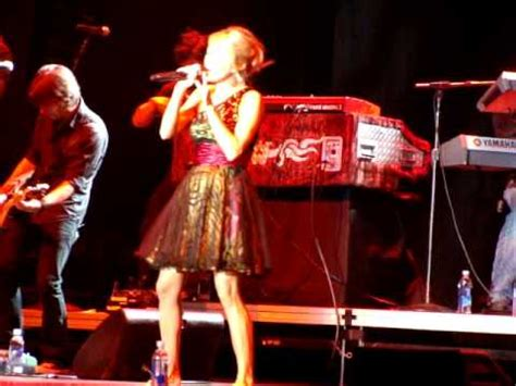 Carrie Underwood Isnt Into Cowboys by Carrie Underwood Cowboy Casanova Live Ok