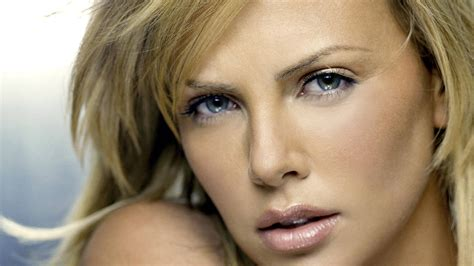 hd wallpaper charlize theron blue eyes