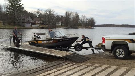 boating accident richardson lake boating mishap severely injures woman quick action from