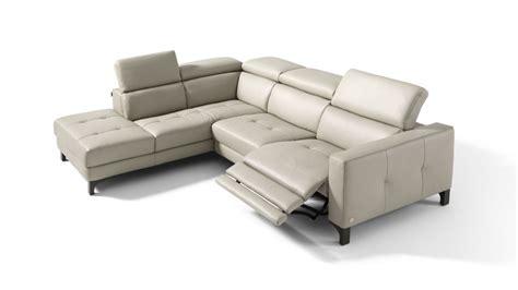 fabbrica divani varese fabbrica divani varese divani classici in piuma fabbrica