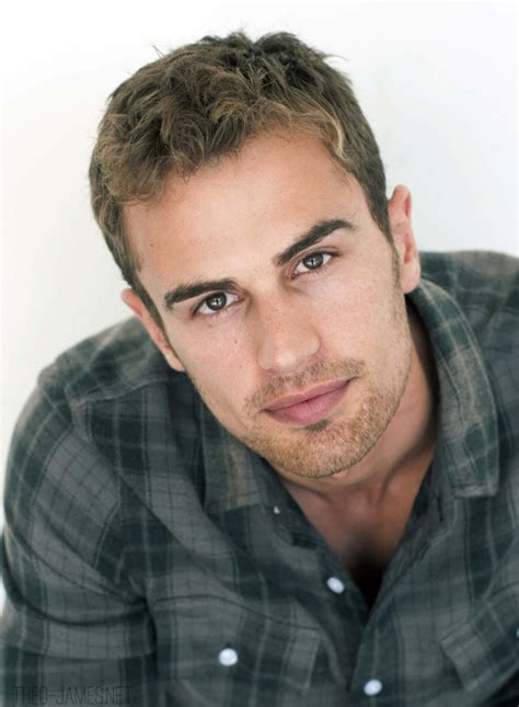 mens hair styles divergent celebrity hairstyles theo james hairstyle casual hair