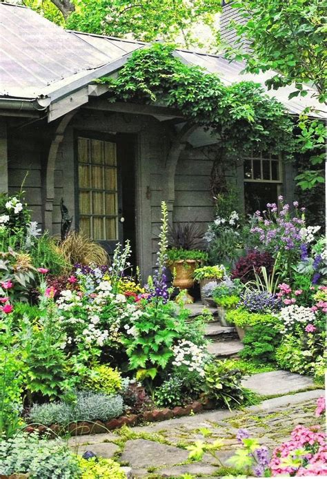 formal cottage garden ideas top 25 best cottage gardens ideas on