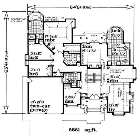 520 sq ft traditional style house plan 3 beds 2 baths 2558 sq ft