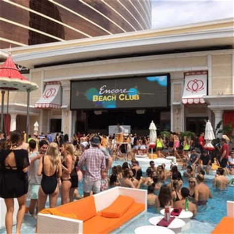 encore beach club couch encore beach club 568 photos 676 reviews clubs
