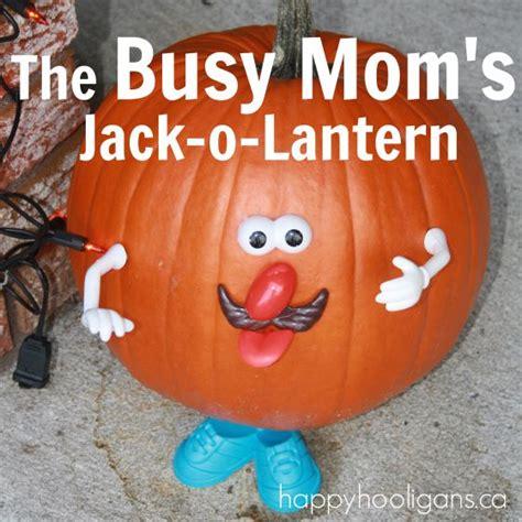 easy o lantern ideas last minute pumpkin decorating idea happy hooligans