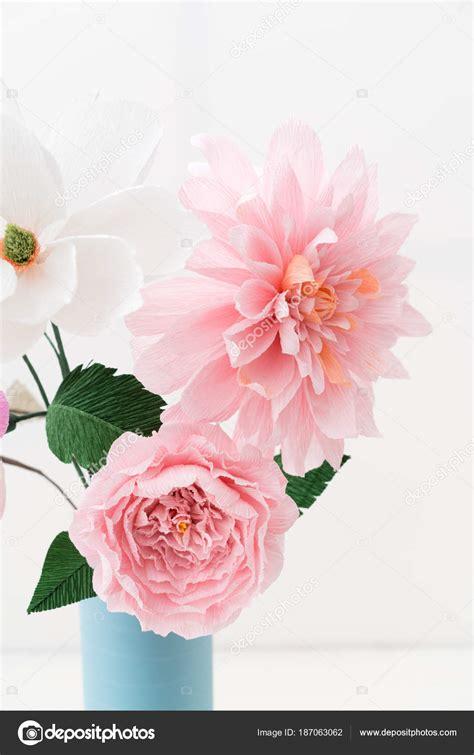 bouquet di fiori di carta bouquet di fiori di carta crespa foto stock 169 ecoelfen