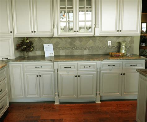 pick the right kitchen cabinet handles 100 cabinet raised panel kitchen cabinets how to