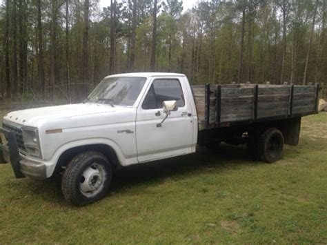 heavy duty ford one ton flat bed work truck for sale