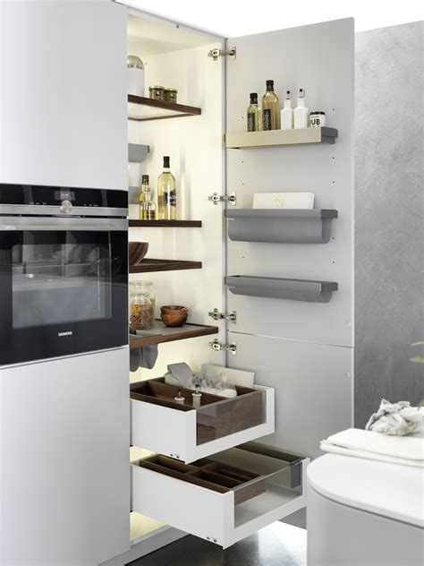 armadio dispensa per cucina mobili cucina armadio dispensa e accessori design snaidero